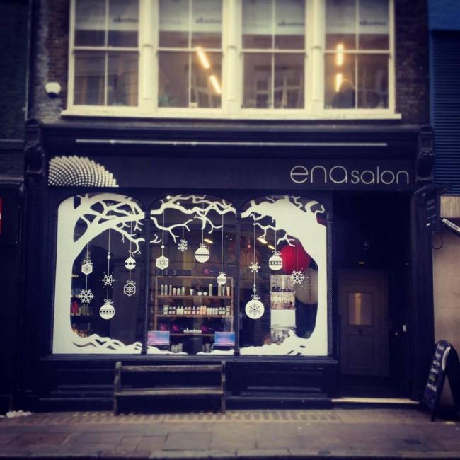 Salon spy ena x davines london on the inside for Salon xmas decorations