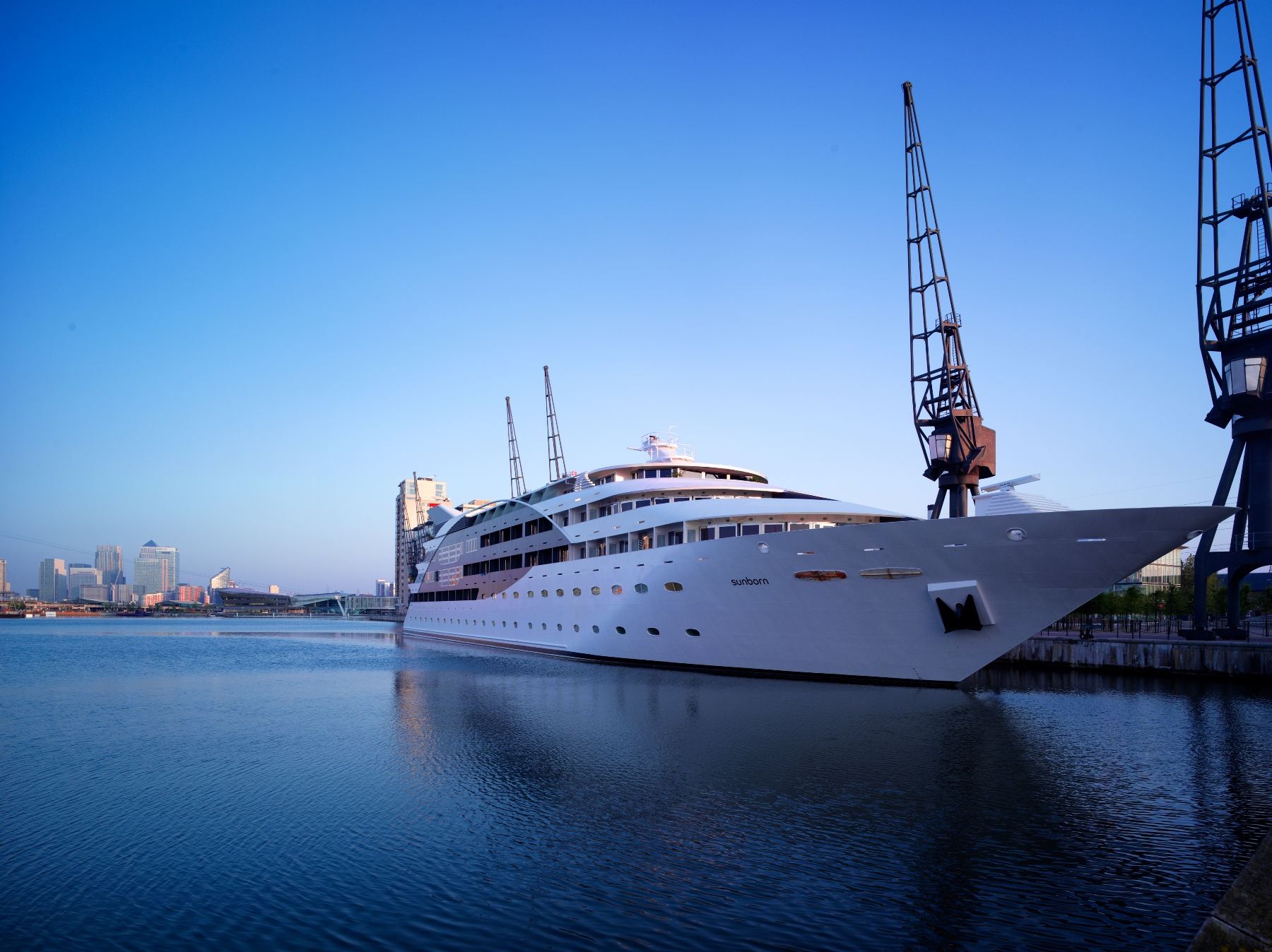 NEWS: SUNBORN LONDON YACHT HOTEL