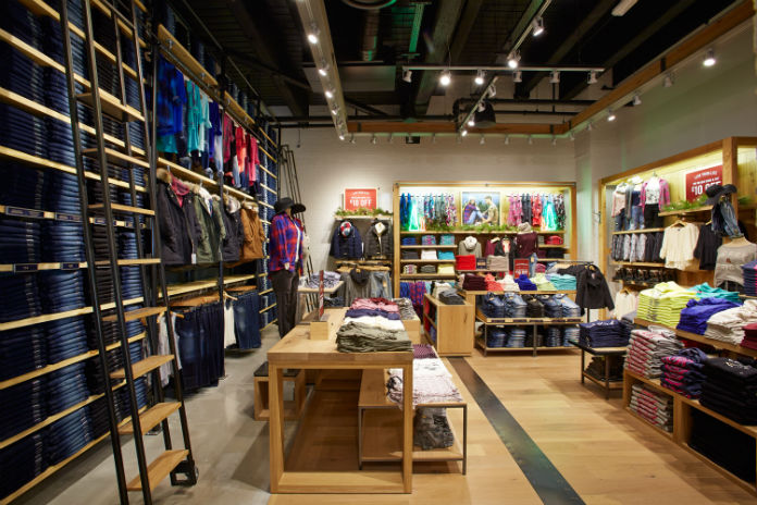 American Eagle Outfitters | Sunvalley Shopping Center