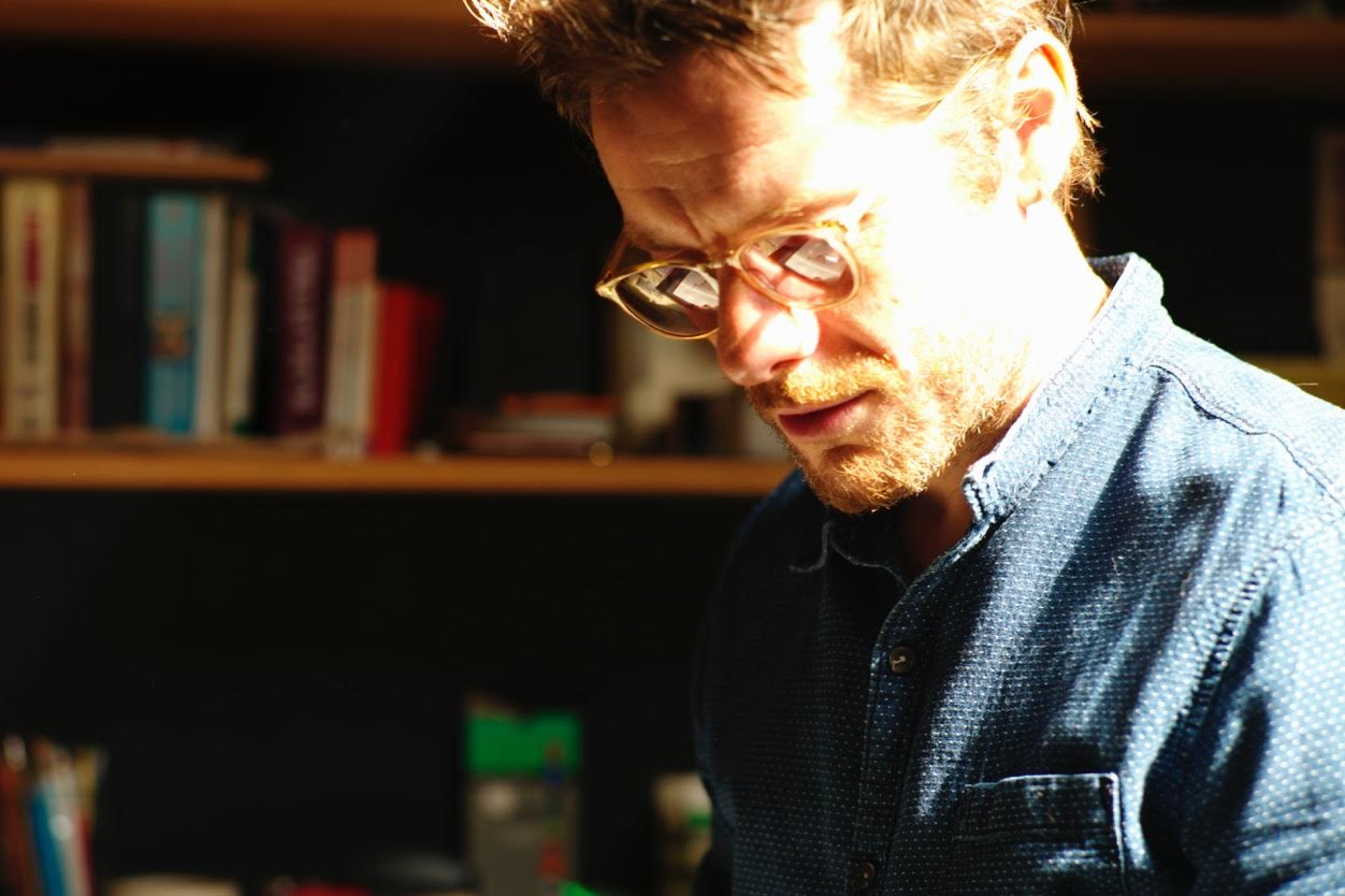 THE SUGGESTIONISTS BY JAMIE HEWLETT - London On The Inside