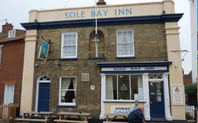 sole-bay-inn-eat-drink-bars-pubs-large