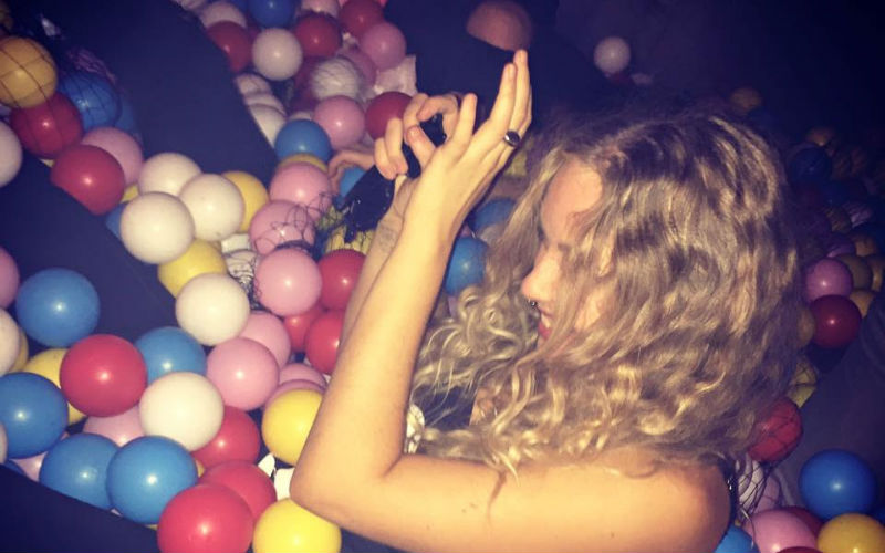 ball-pit-bar-loti