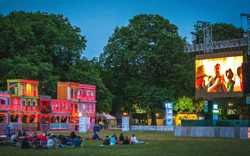 Free outdoor cinema at bst hyde park london on the inside for British house store