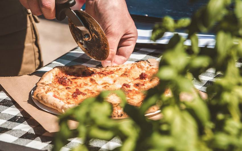 a pizza and prosecco festival is coming