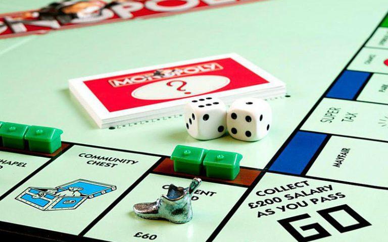 monopoly pub crawl | london on the inside