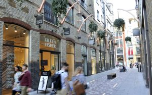 win £300 vouchers for st martin's courtyard & mercer walk