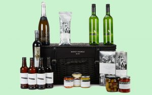 win a harvey nichols hamper <br> for national picnic week
