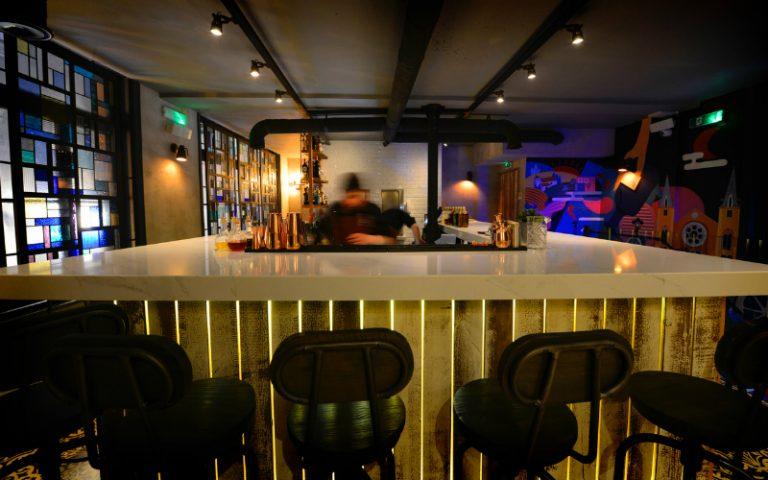 viet lounge | london on the inside