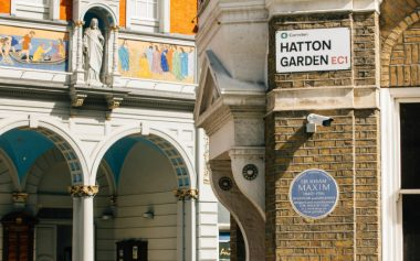 WIN THE ULTIMATE HATTON GARDEN EXPERIENCE